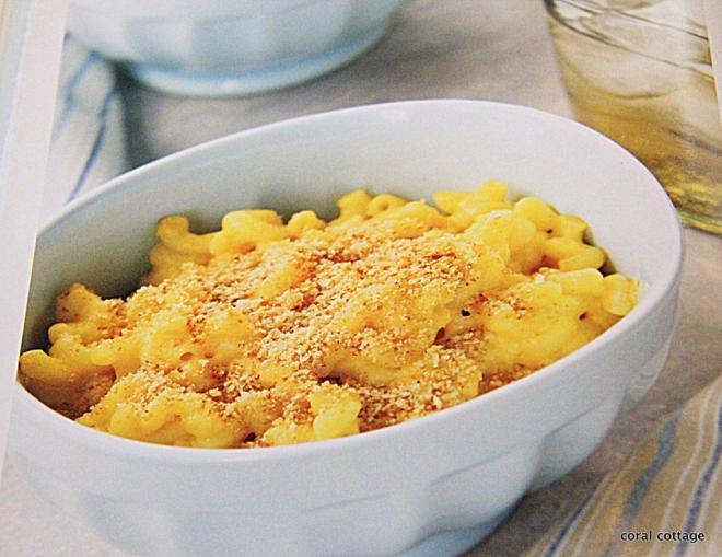 Baked Macaroni and Cheese from Trisha Yearwood