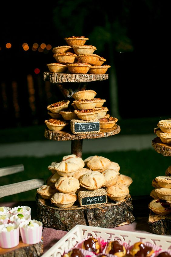 cake stand wood