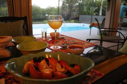 seafood and cocktails on the lanai